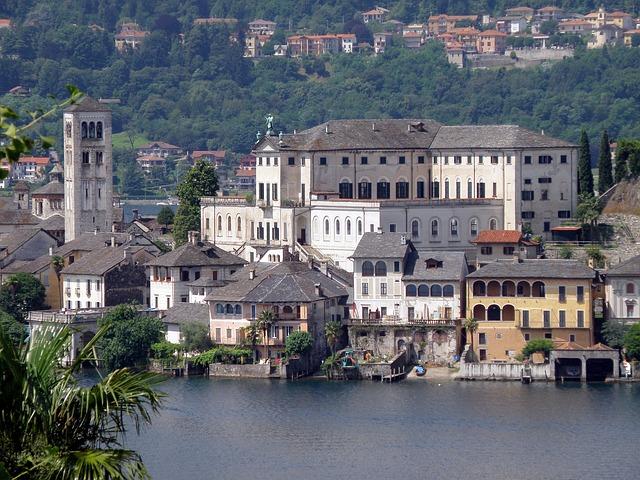 Free san giulio italy island buildings palace castle