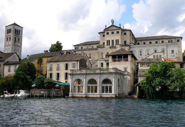 Free san giulio italy island buildings palace castle