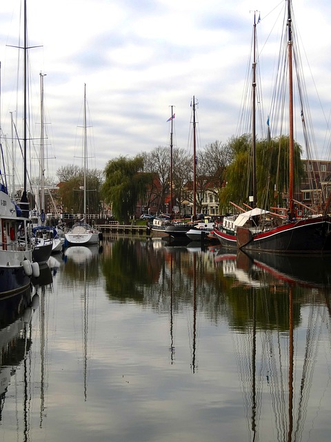 Free enkhuizen holland ships boats water bay canal