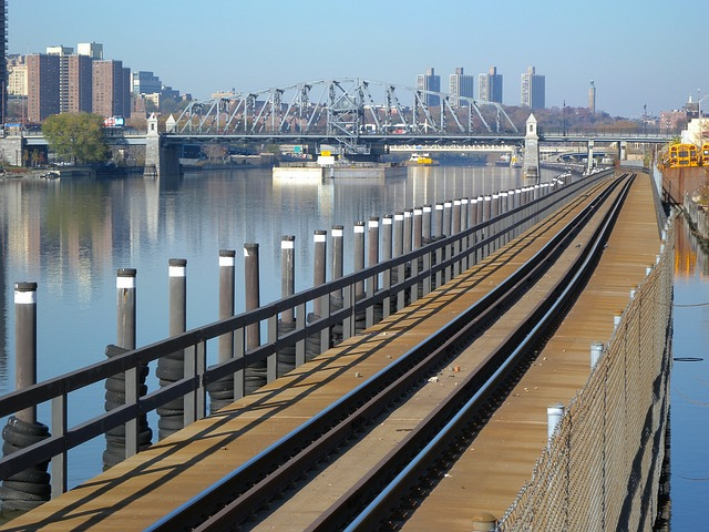Free bronx new york city railroad railway tracks river