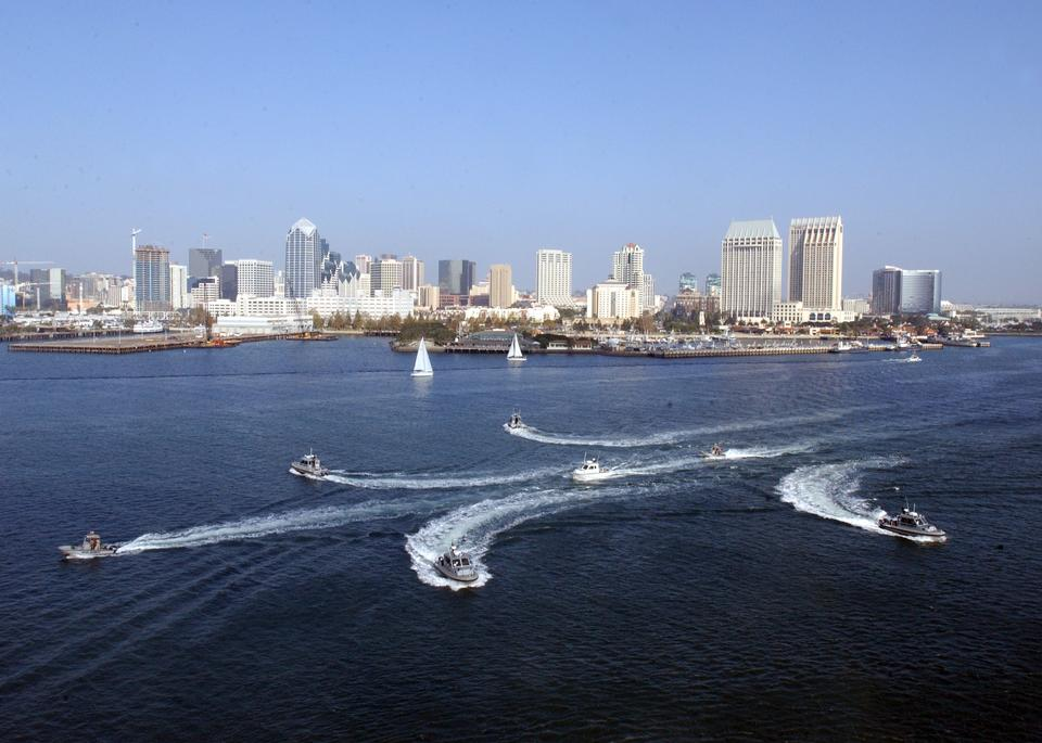 Free Boat Patrol, transit in formation through the San Diego Harbor
