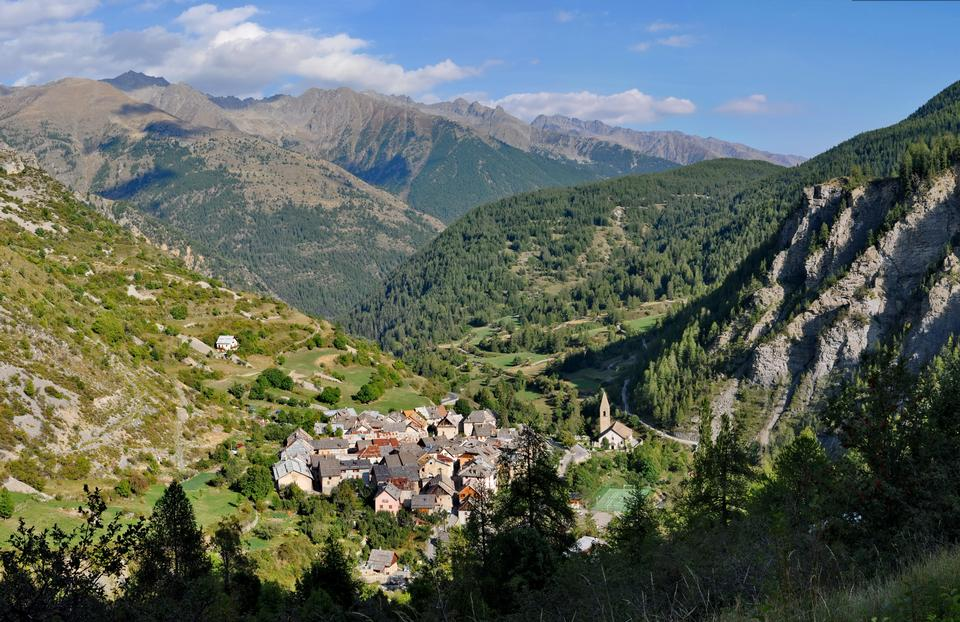 Free Saint-Dalmas le Selvage, village France