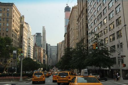 Free Yellow taxis at the street in New York
