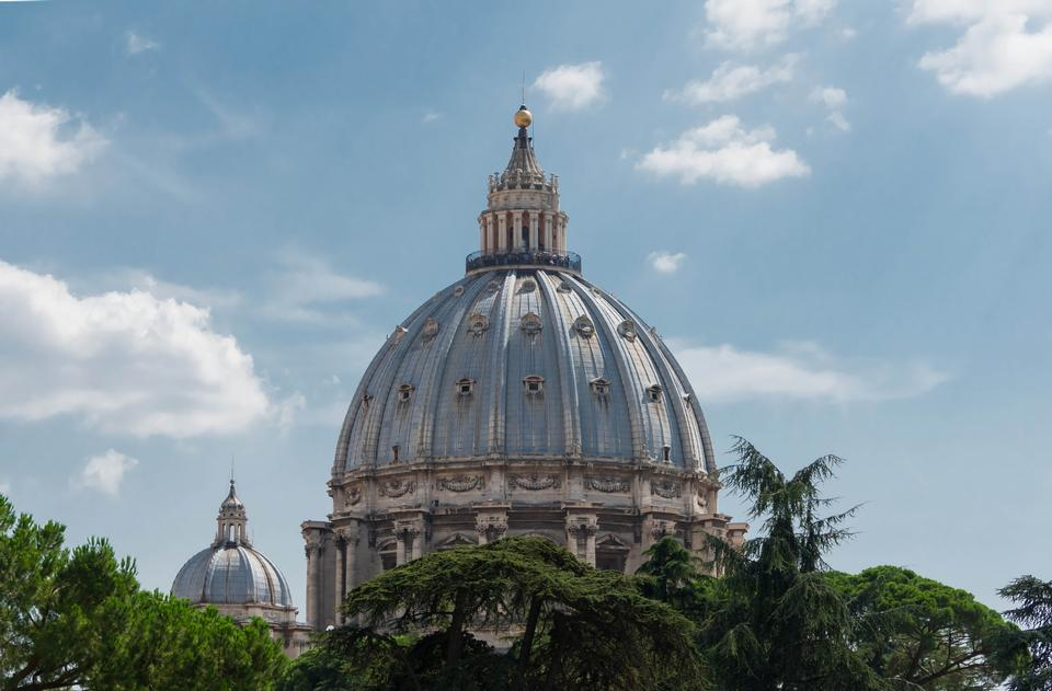 Free St Peters basilica and river Tibra in Rome, Italy