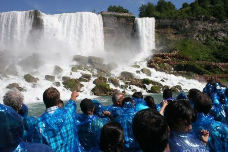 Free Niagara Falls, and Maid of the Mist Tour Riders