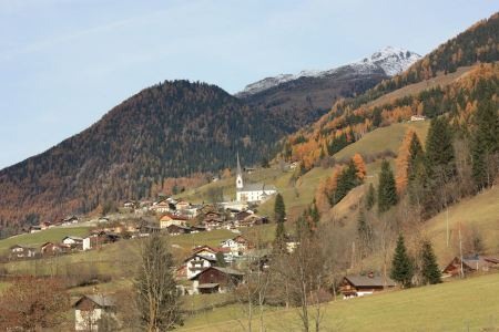 Free Alpine village at the foot of the mountain
