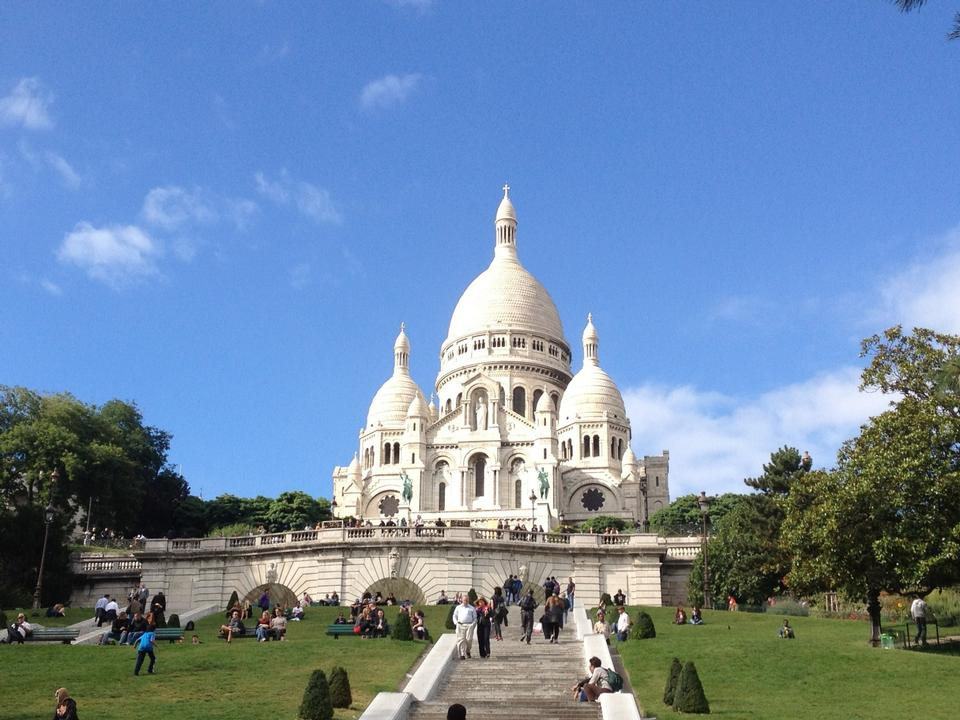 Free Summer view on basilica of the Sacred Heart of Jesus, Paris, Fran