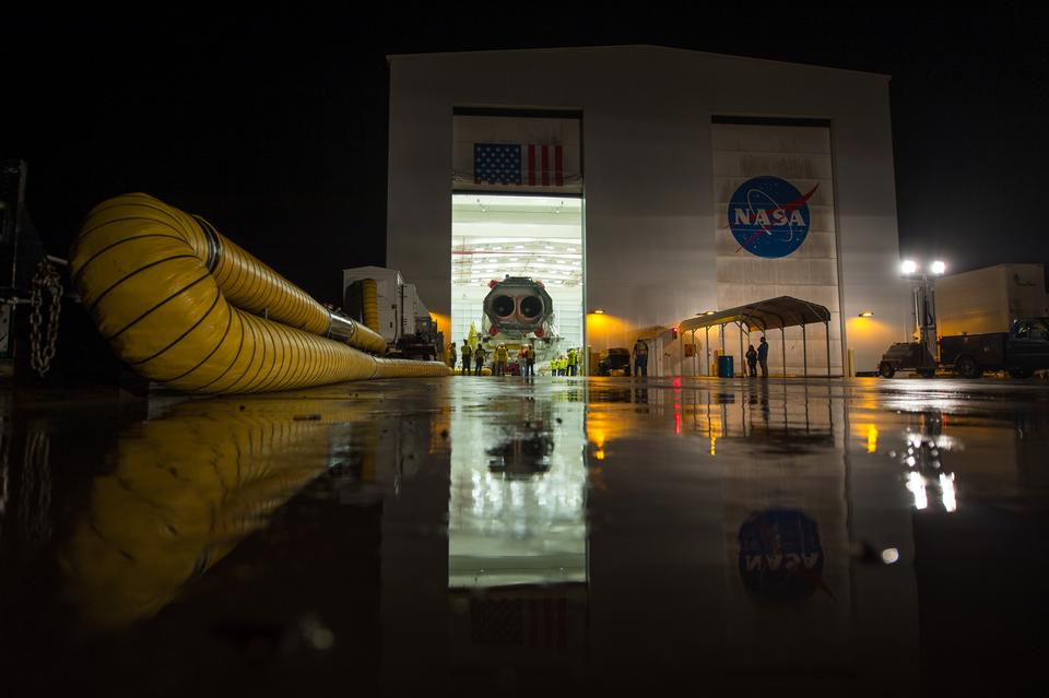 Free Antares Rocket Rollout