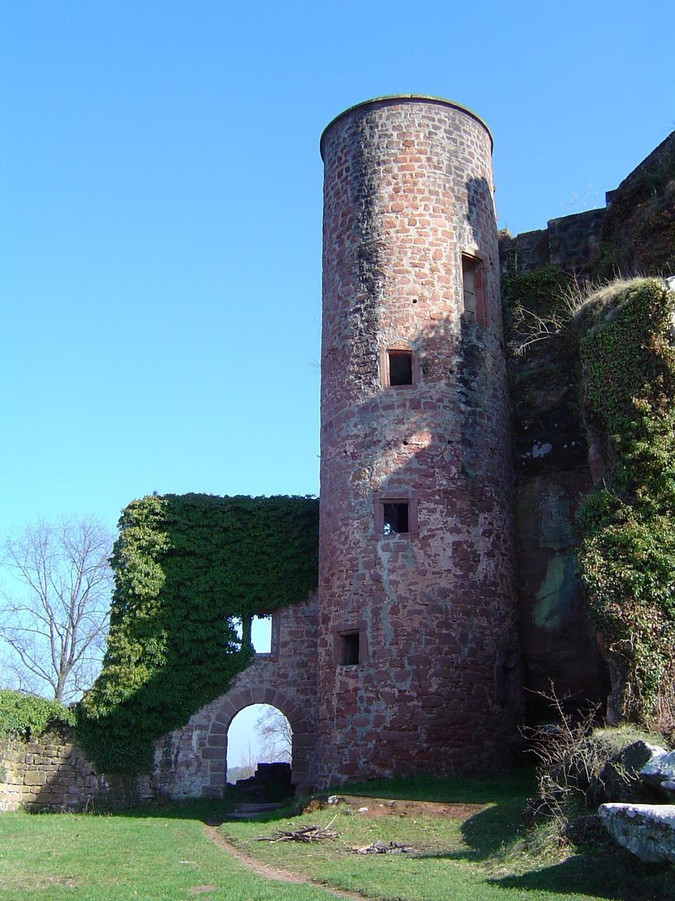 Free Ruin of castle neudahn