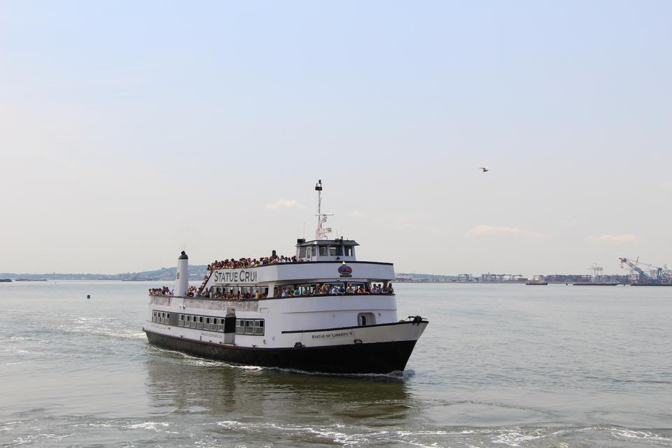 Free Statue of Liberty, cruise boat, New York City