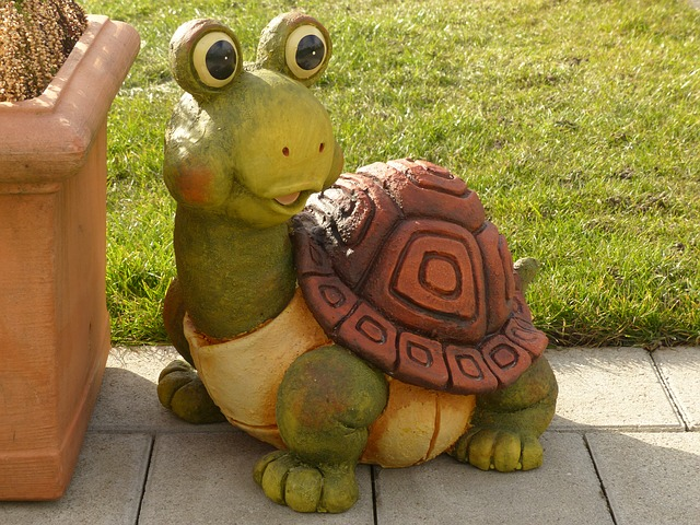Free turtle fig sound figure garden ceramic pottery