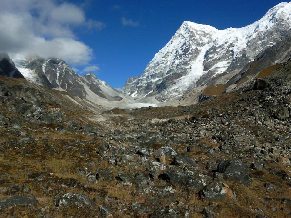 Free Rathong Peak in Indian state of Sikkhim