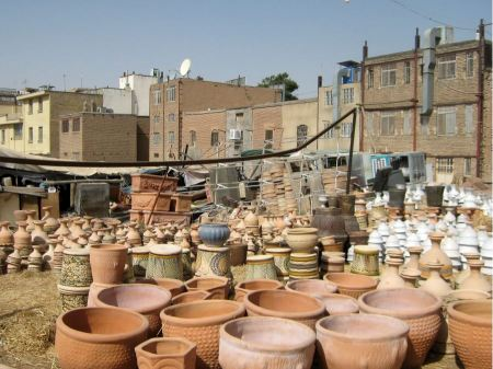 Free Handmade clay jugs in a pottery workshop