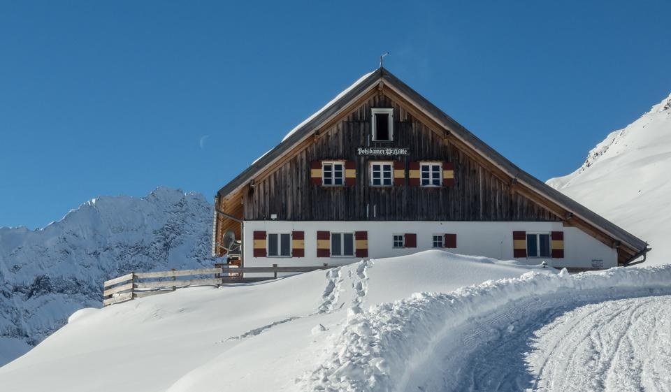 Free old house at the european alps in winter