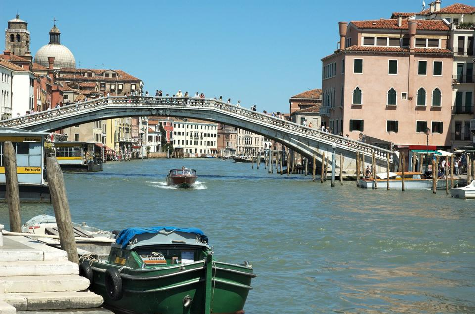 Free Italy, Venice the grand canal with Scalzi bridge