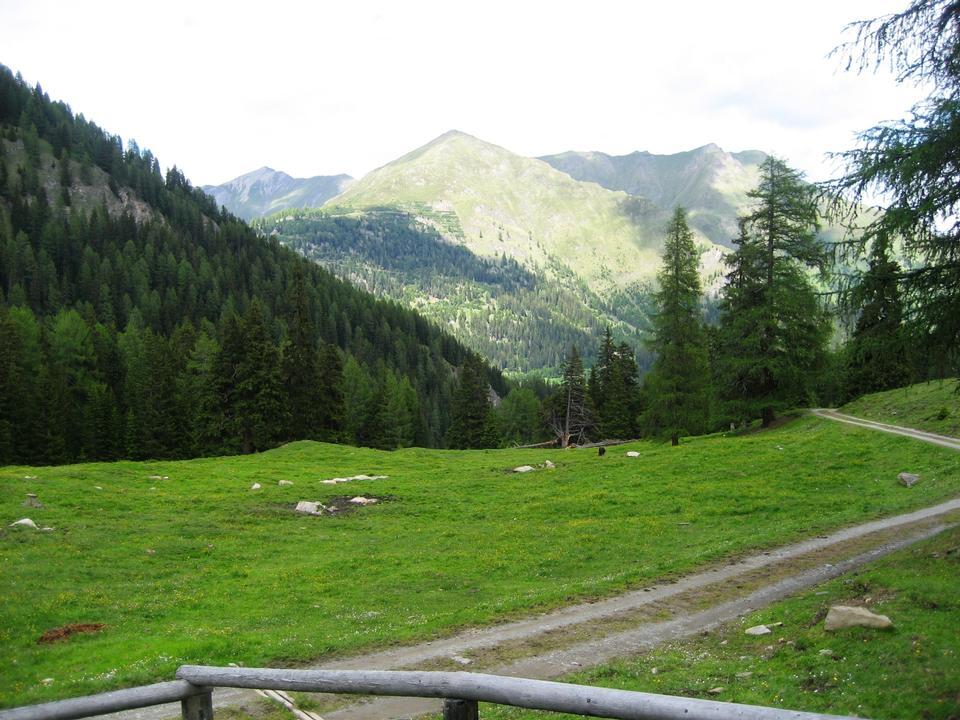 Free Beautiful landscape in the Alps Switzerland