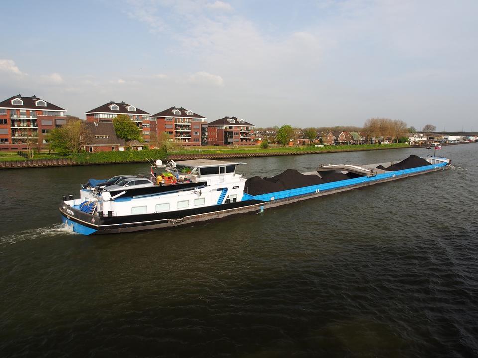 Free the Amsterdam - Rhine Canal