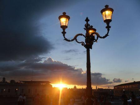 Free Rome - Palace Quirinale at night