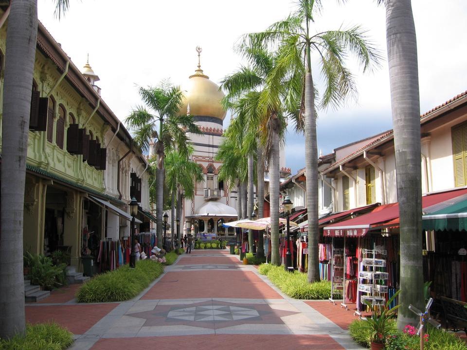 Free Masjid Sultan in Bussorah Street, Singapore