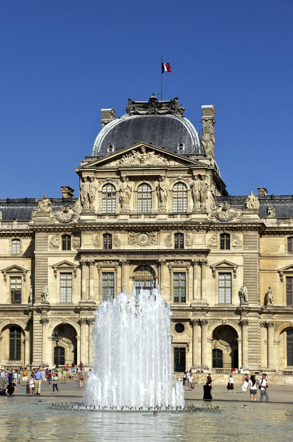 Free Photos: Louvre Museum in Paris | eurosnap