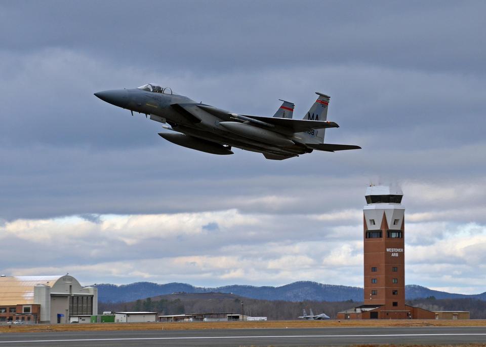 Free An F-15 Eagle takes off