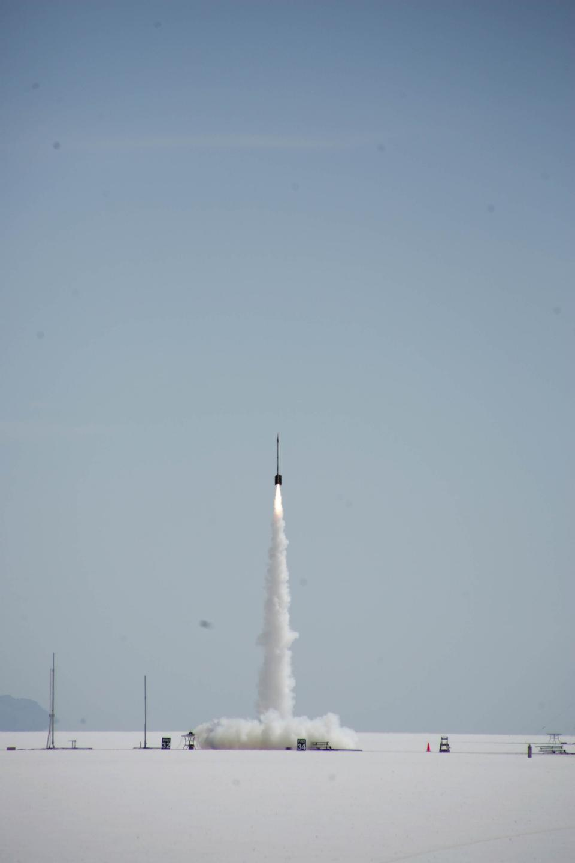 Free Rocket Lifts Off From the Bonneville Salt Flats