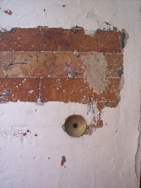 Free bell cretto old wall brick ring brick wall peeling