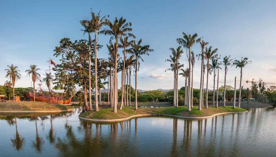 Free Landscape of Miranda Park, Caracas
