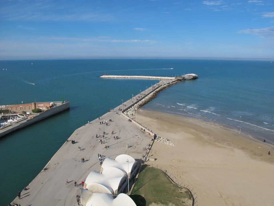 Free Rimini port An image of the port of Rimini