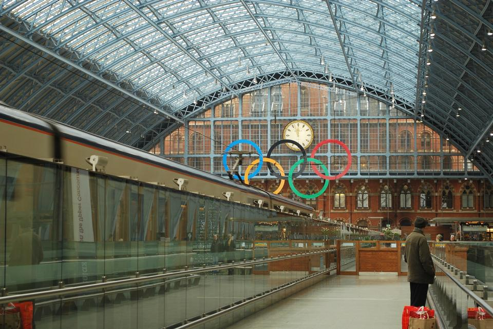 Free Concourse in the international rail terminal at Saint Pancras