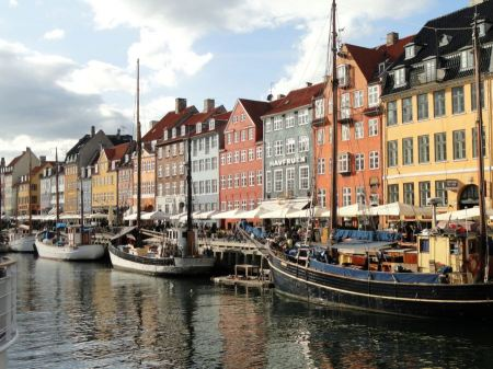Free Nyhavn, a historic canal and entertainment district in Copenhagen