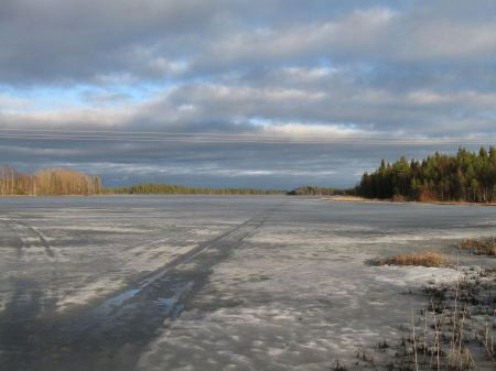 Free outdoor view of frozen Nurmijarvi lake in winter