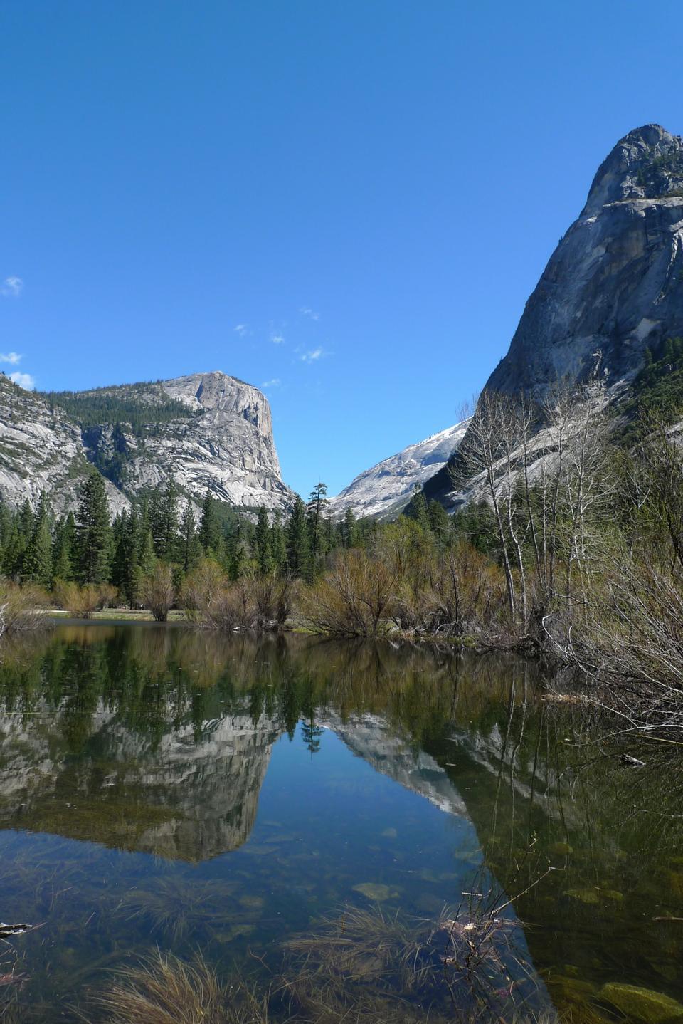 Free Mirror lake in Yosemite