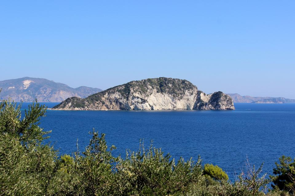 Free The protected sea park of Laganas and Marathonis