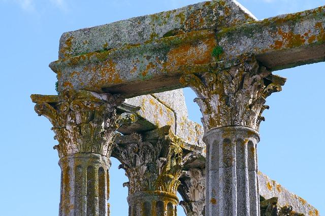 Free ruin stone roman building facade