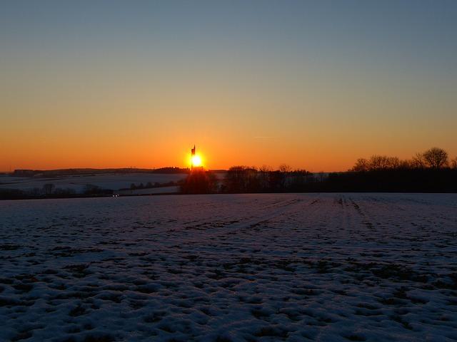 Free landscape wintry winter field arable sunset