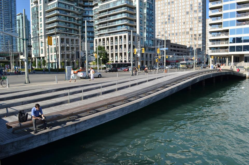 Free Waterfront WaveDeck  in Toronto, Ontario, Canada