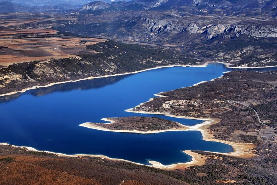 Free Beautiful view of St.Croix lake in Verdon, Provence, France