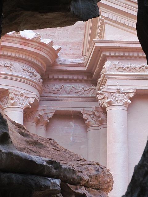 Free petra jordan desert rock town stone ruin