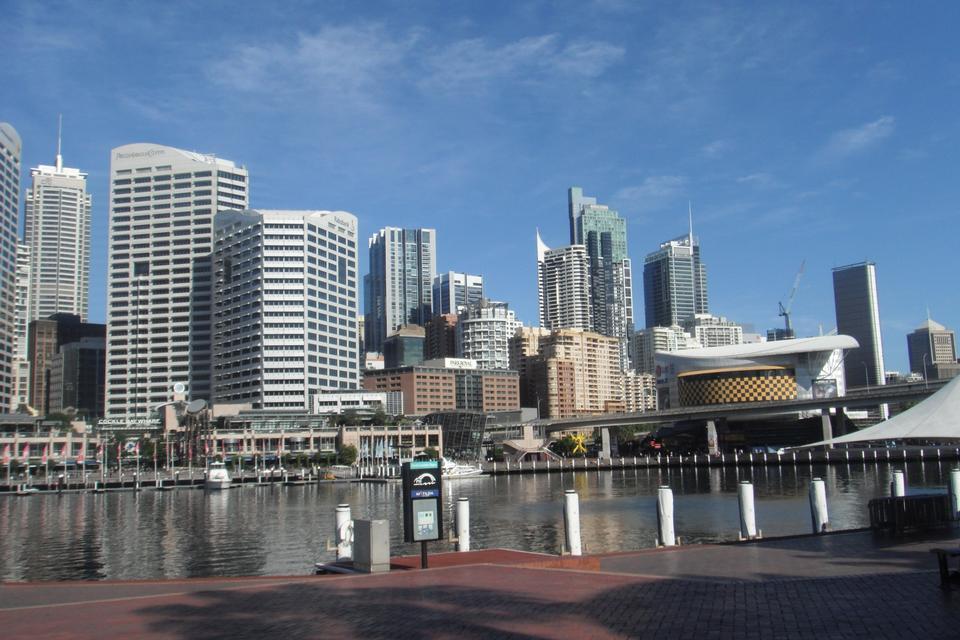 Free Sydney skyline