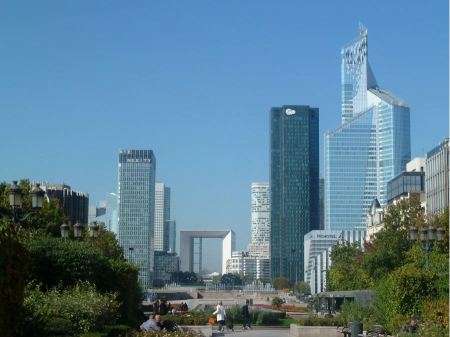 Free Modern buildings in the business district of La Defense to the we
