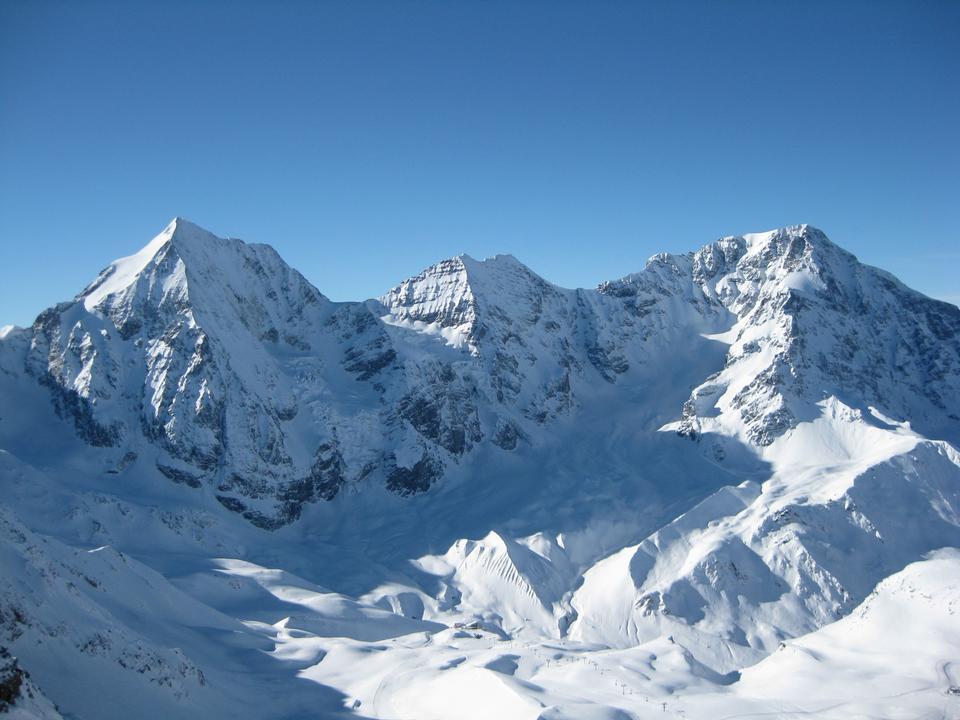 Free Winter landscape in the Jungfrau region