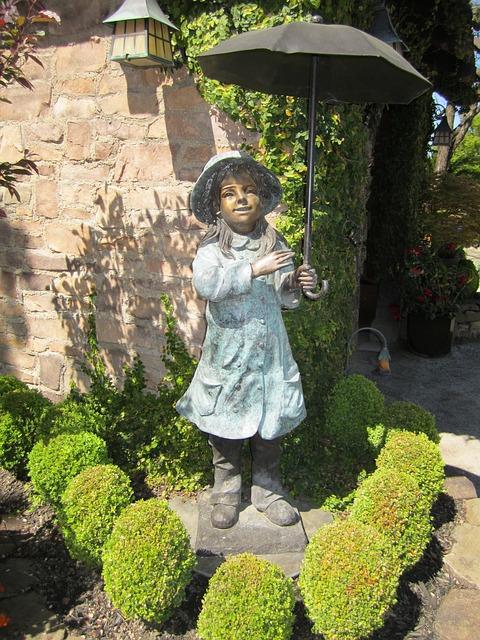 Free statue umbrella bronze garden statue garden spring
