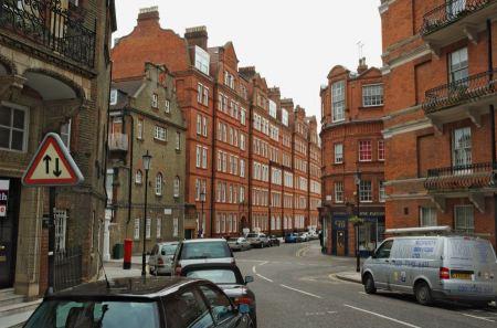 Free Kensington Court Place London
