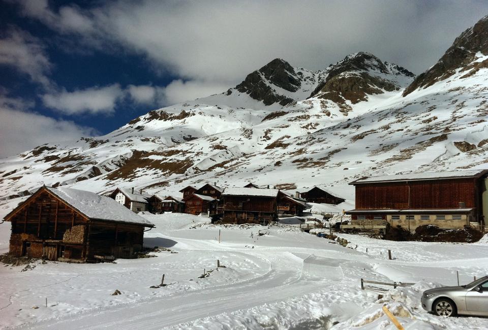 Free Juf in Winter Switzerland.