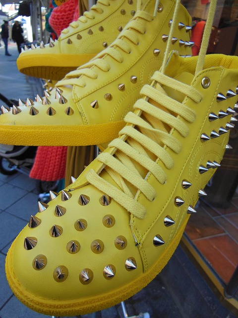 Free yellow boots sports boots fashion spring fashion