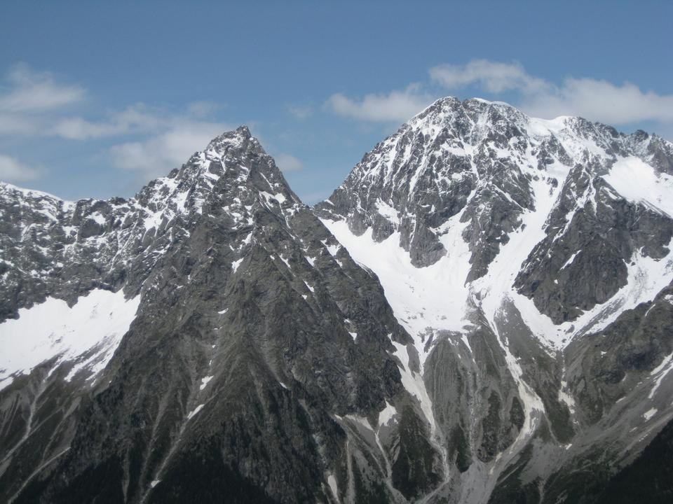 Free Landscape of rocky mountain peaks in Austrian/Italian Alps