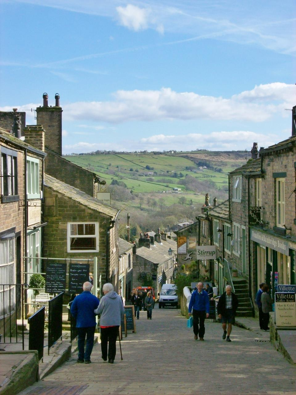 Free Main Street, Haworth Historical Place