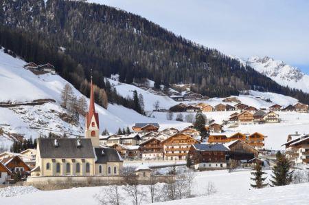 Free Scenic landscape of Reiteralpe mountain