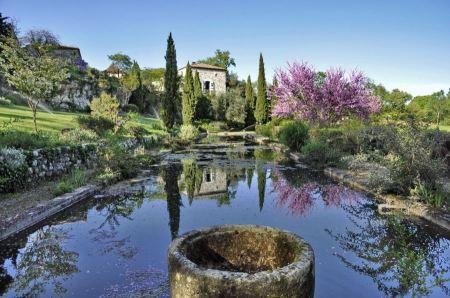 Free Outdoor landscape garden with pond